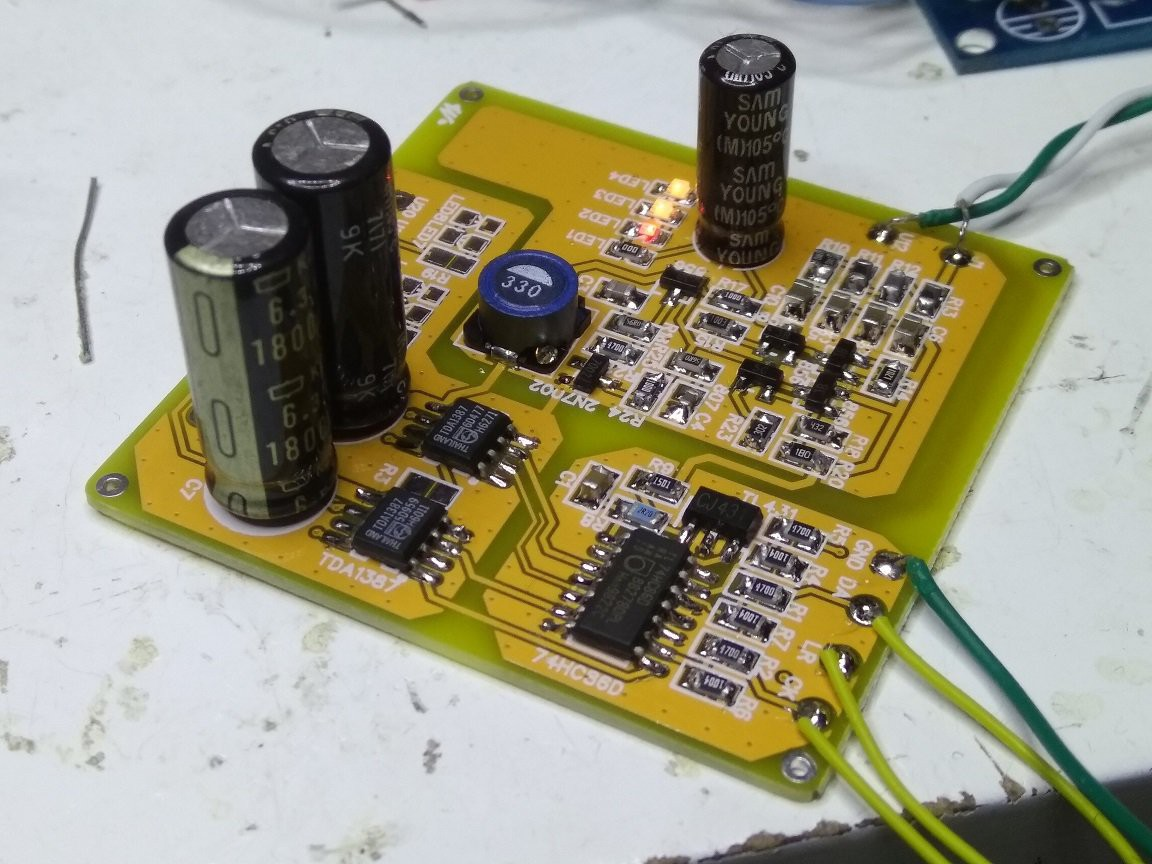 Audiophile Sounding Dac For Almost No Money Using Circuit Boards The Designer Created Two Chic Board This Is Quite Easily Visible By Looking At Modulation Of Supply When Playing Music Via A Fairly Sensitive Preamp As Found In My Millivoltmeter