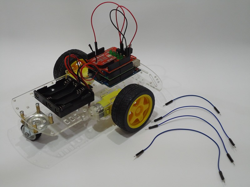 2WD Voice Controlled Robot with Arduino | Hackaday io