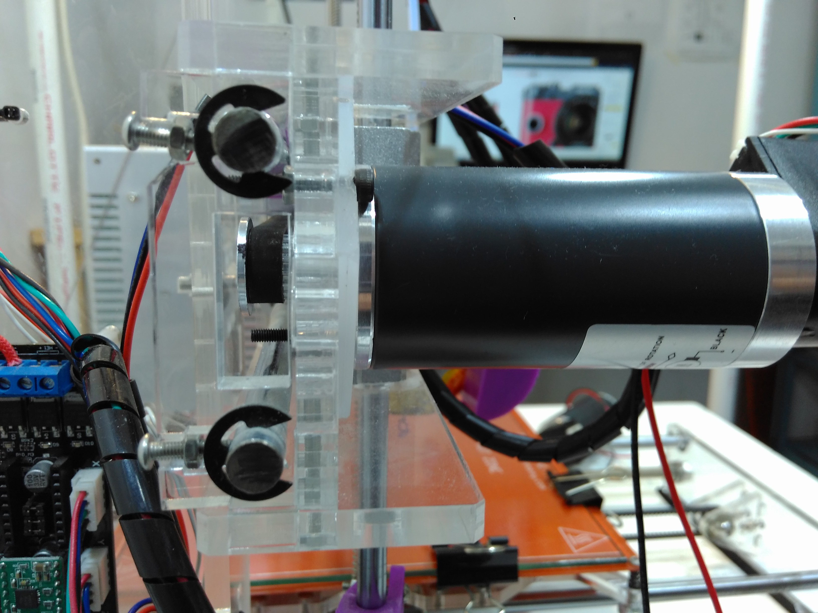Tarocco Motor Control Cypress I Wanted To Show The Performance Of 30w Motors Got So Made A Nema17 Adapter From Piece Acrilyc And Replaced X Axis Stepper With My
