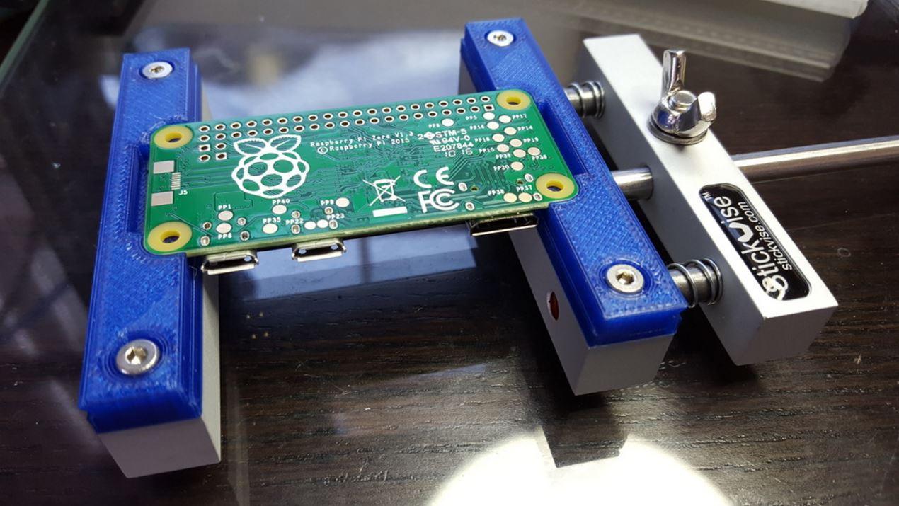 Stickvise Low Profile Soldering Vise Printed Circuit Board Rework Tfix Laboratories Https Thingiversecom Thing1985615