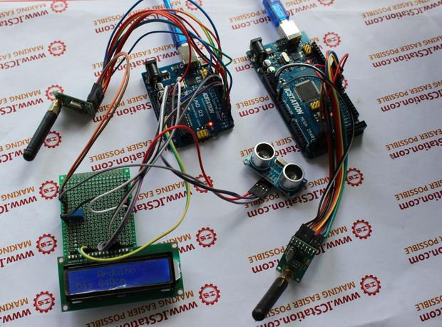 Lesson 18: Measure Distance with Arduino and Ultrasonic