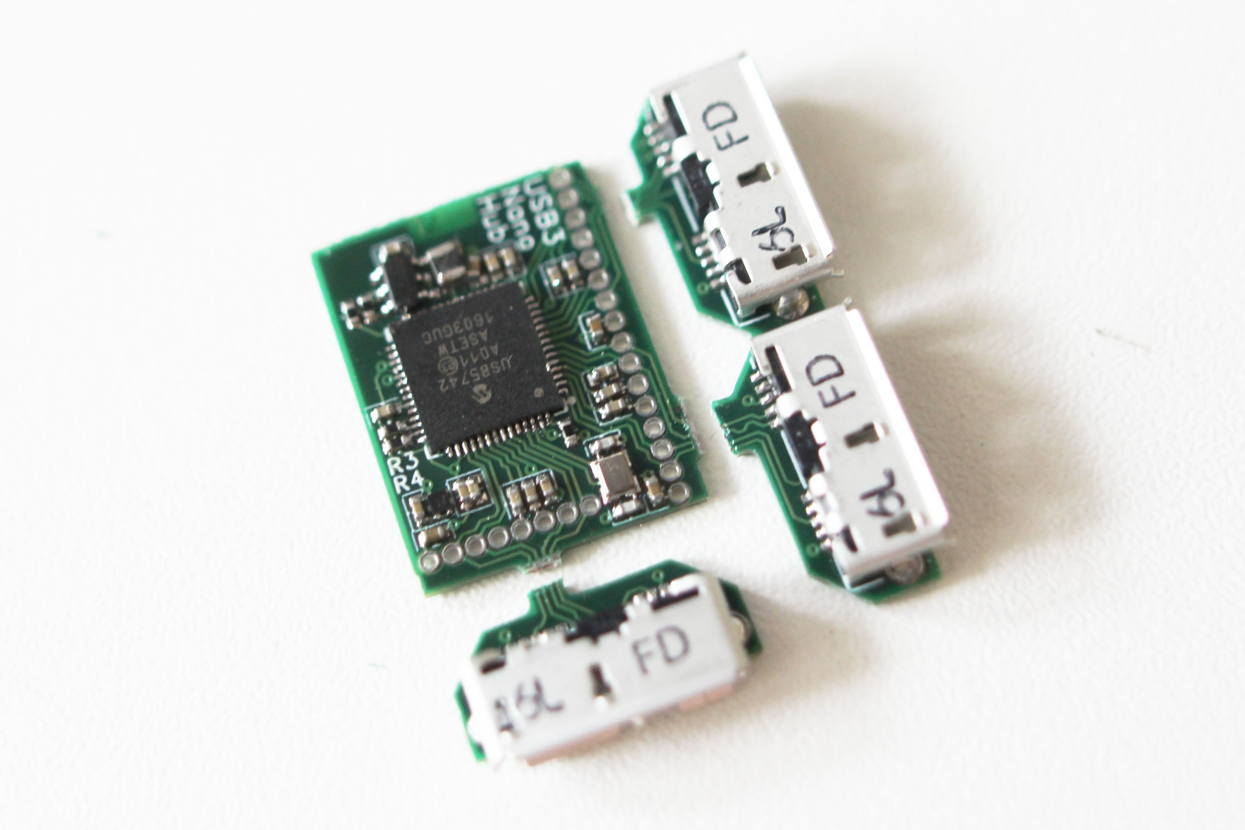 Nanohub Tiny Usb 20 And 30 Hubs Splitter Schematic I Finally Received The Hub Chip Order Assembled A Couple Of 31 Nanohubs Really Like How It Has Become