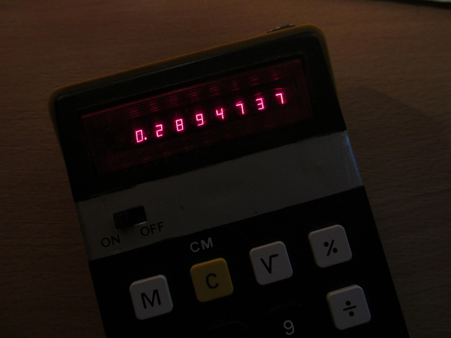 Now Its Proper Hack Details 555 Timer Astable Multivibrator Circuit Technology Hacking While I Used Back On The Envelope Guess Calculations In Previous Log Had To Take Out Big Caliber Weapon At This One