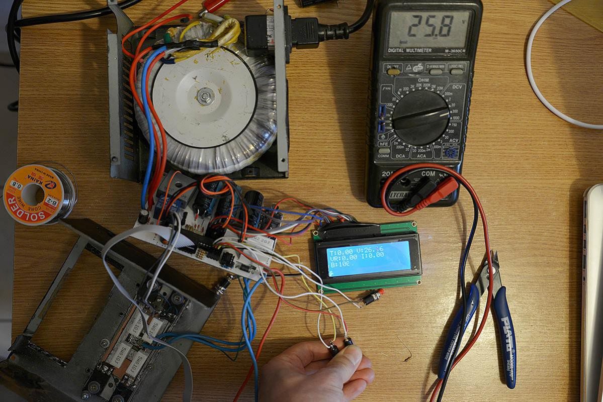 Digital Bench Power Supply How To Build A Simple Current Limiting Finally The Pwm Code Is In Place And I Can Now Adjust Not Only Duty Cycle Vary Dac Output From 0 5v But Also Frequency