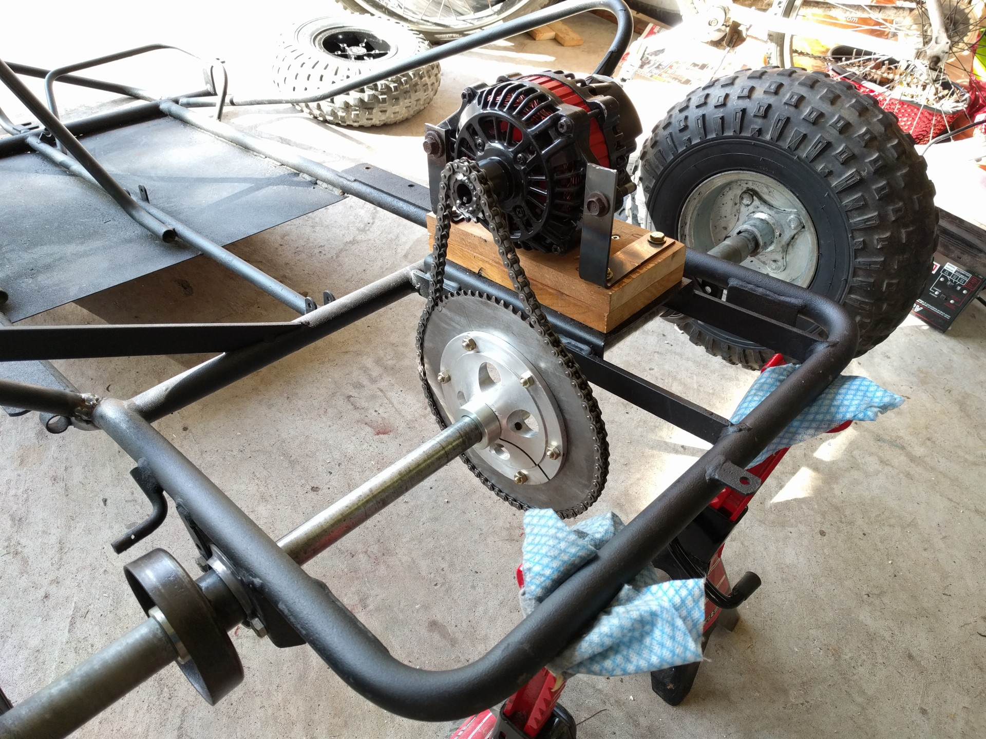 Motor Installed On A Temporary Wood Er As Well The Chain Was Test Ed Later Replaced By 2 Aluminum Beams