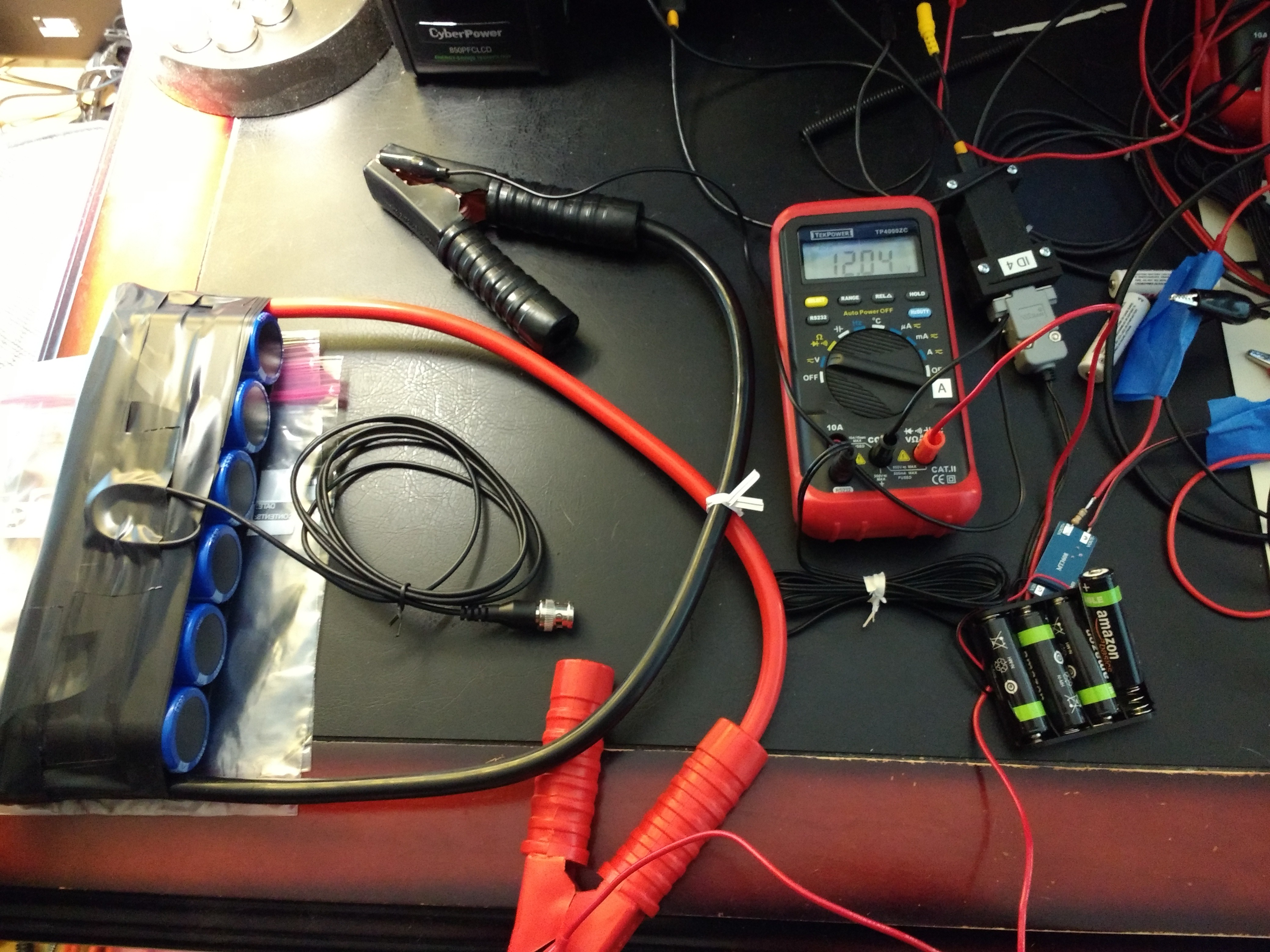 Coin Cell Jump Starter Circuits Charging A 500 F Capacitor It Charges Up Figuring That Not Much Charge Had Found Its Way Into The Cells I Decided To Start With At 11v
