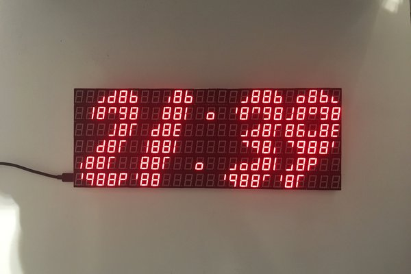 7 Segment display array clock