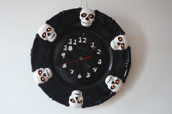 Halloween talking clock based on Rpi Pico
