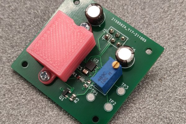 MAX6226 voltage reference assembly