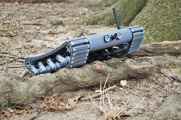 DESERT EYE: Military Surveillance Robot