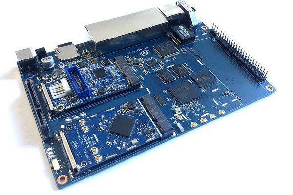 Banana Pi BPI-R64 open source router ,MTK MT7622