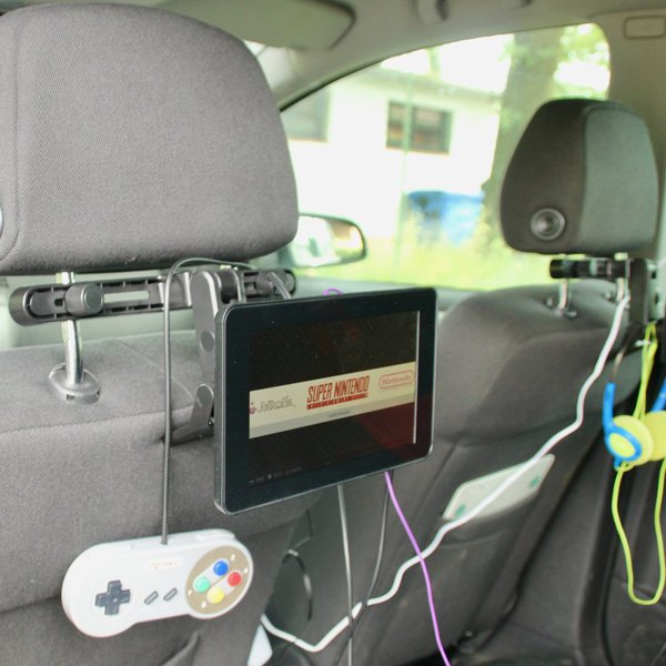 Raspberry Pi Rear Seat Entertainment