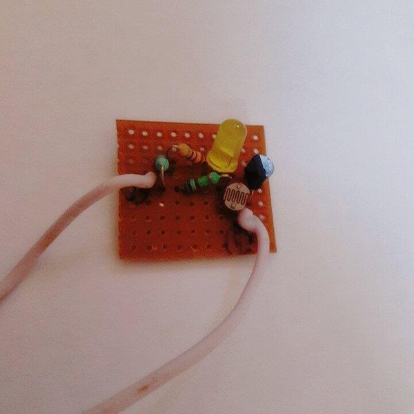 Light detector using LDR | Hackaday io
