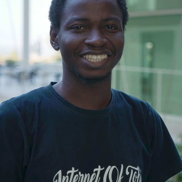 oluwatobi-oyinlola